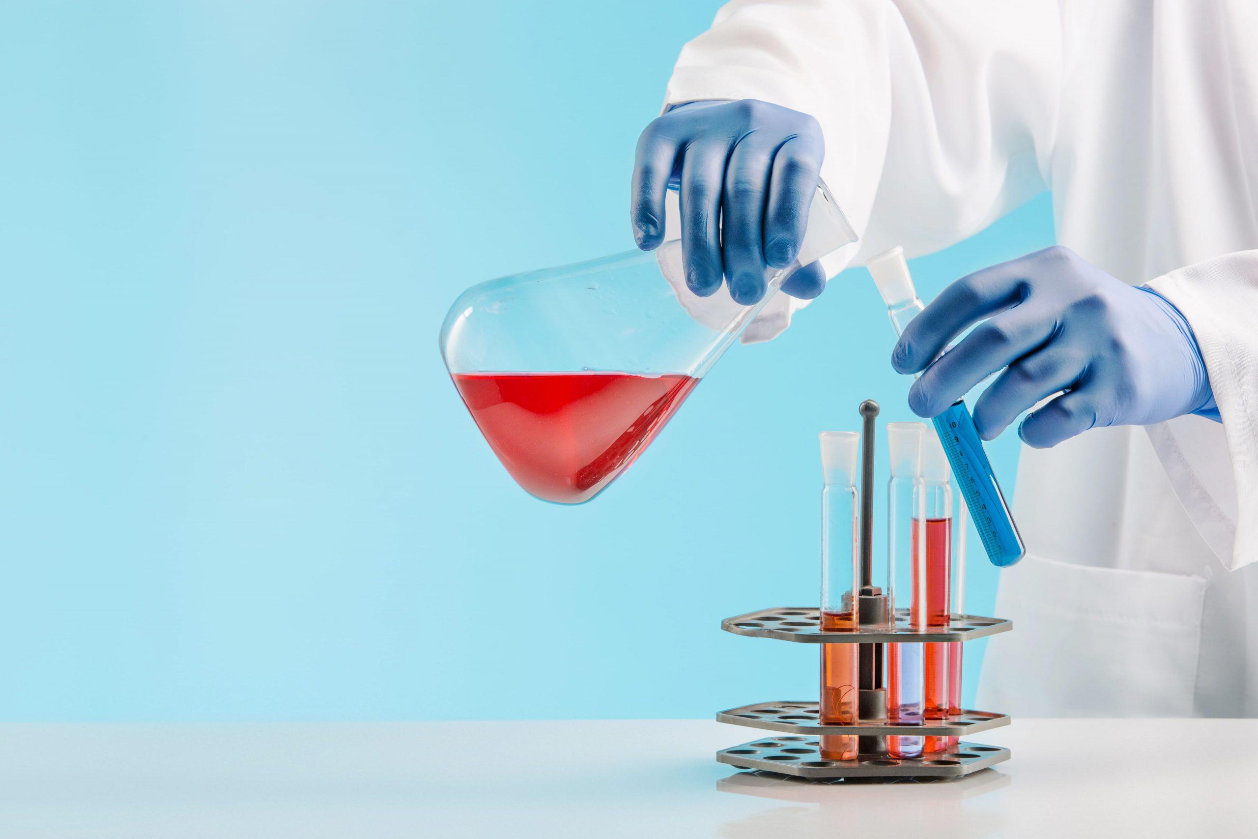 Offenbach sección quienes somos misión química laboratorio